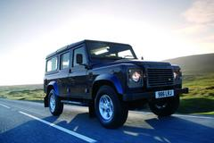 Land Rover Defender - живая легенда
